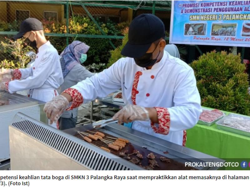 Tata Boga SMKN 3 Palangka Raya Gelar Cooking Demo